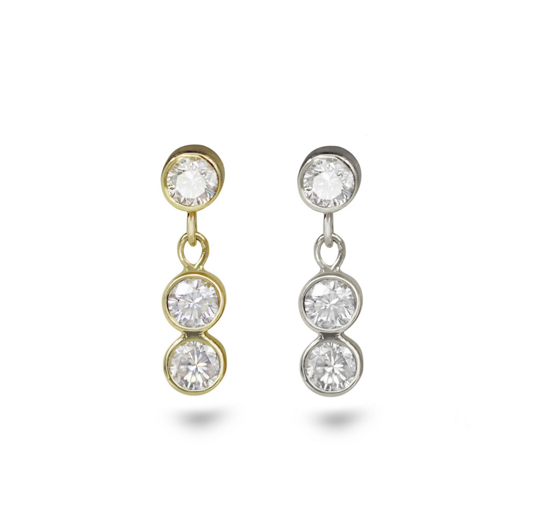 Diamond-dangle-threaded-stud-18k-yellow-gold-cartilage-piercing-earring-handmade