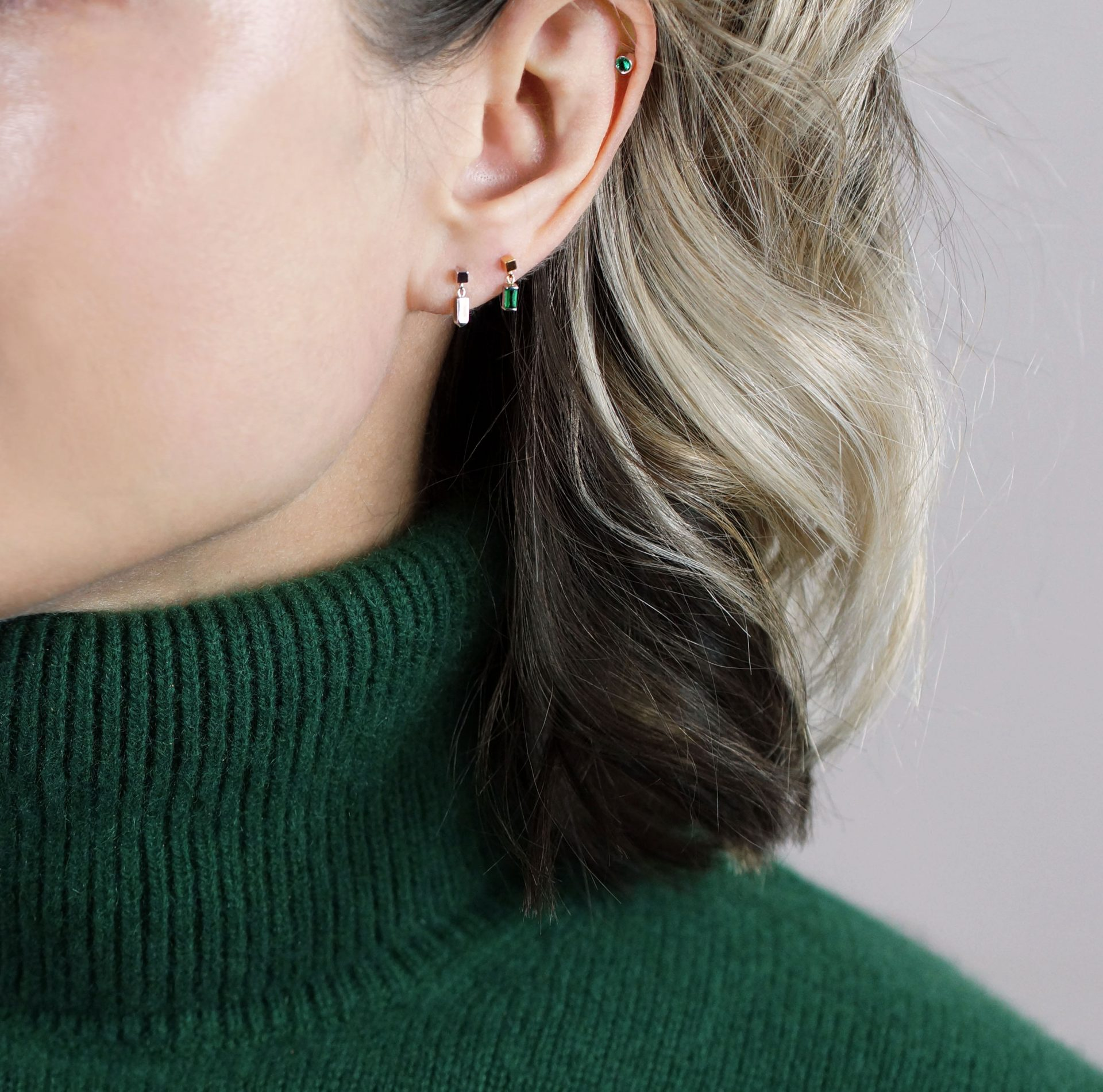 Genuine-emerald-cartilage-piercing-earring-handmade-from-18k-yellow-and-white-gold
