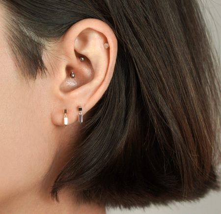 18k White Gold Minimalist Cartilage Piercing Stud