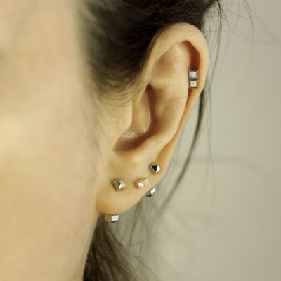 unisex-piercing-jewellery-18k-gold-diamonds-men-women-ear-piercings-helix-earrings-lena-cohen