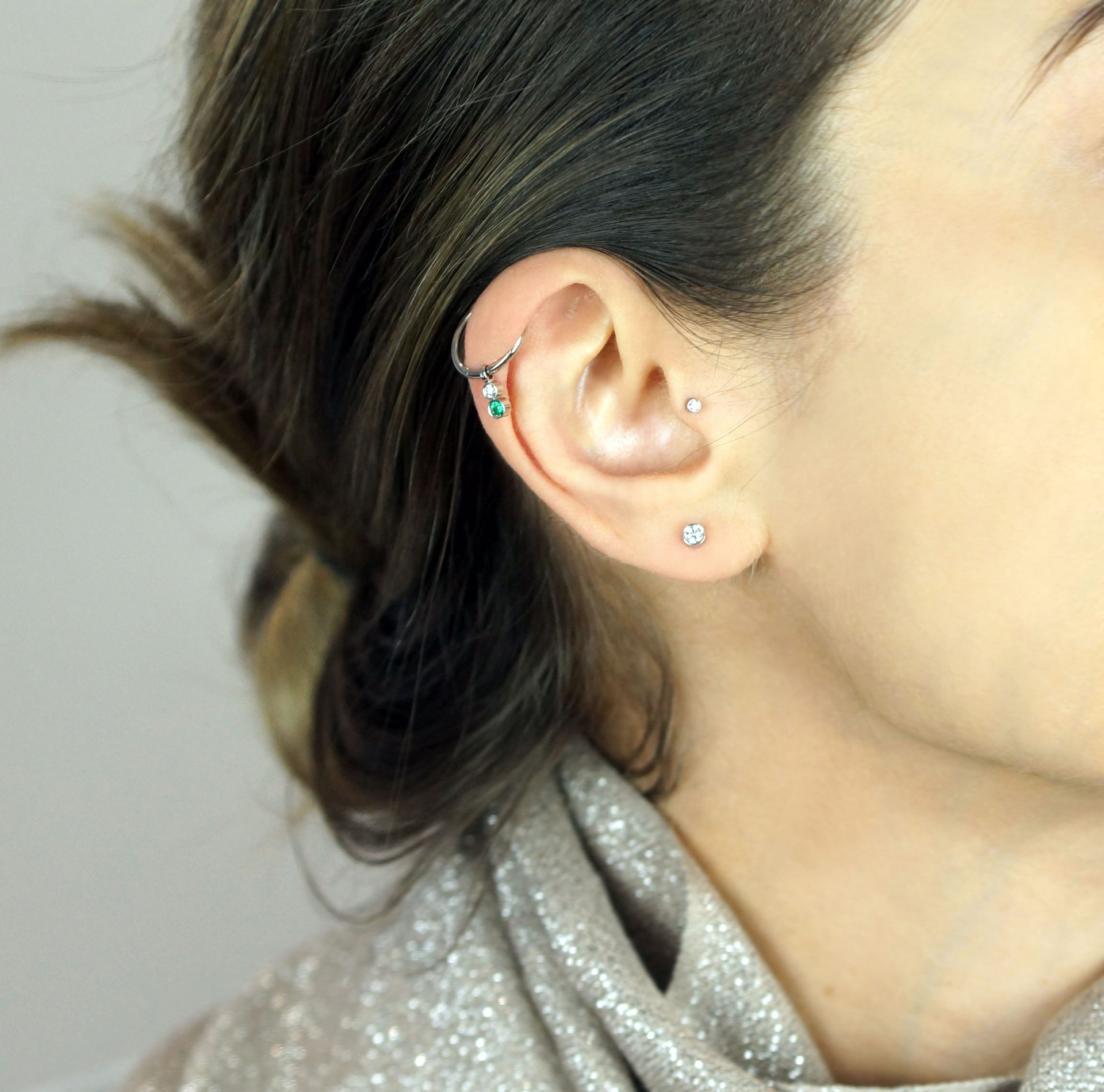 single-diamond-helix-stud-multiple-piercings-earrings