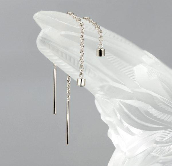 what are thread earrings 18k gold threader earrings thread the metal through your ear so that it falls down the back of your lobe diamond