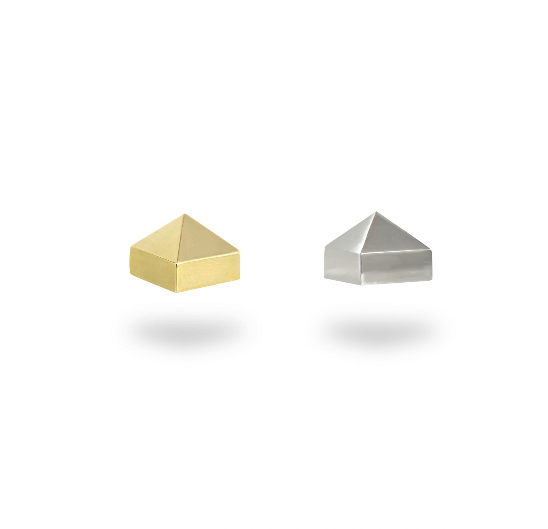 pyramid-screw-back-solid-18k-yellow-white-gold-bevelled-edge-lena-cohen-london-luxury-piercings