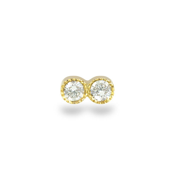 stud features a single glittering diamond with delicate milgrain edging adding a subtly vintage effect.