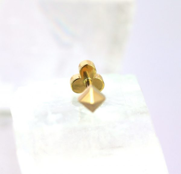 luxury piercing jewelry free delivery all over the worls. London based Curated Ear