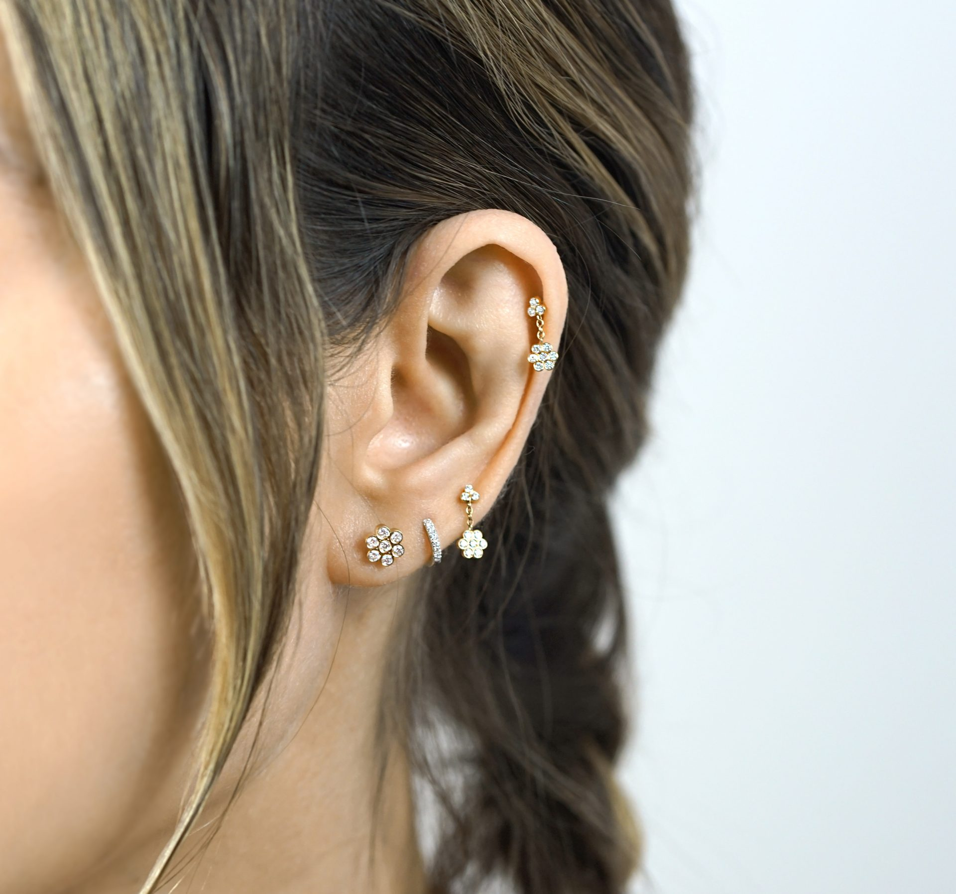18k-solid-gold-natural-diamonds-luxury-piercing-designer-cartilage-earrings-lena-cohen-london