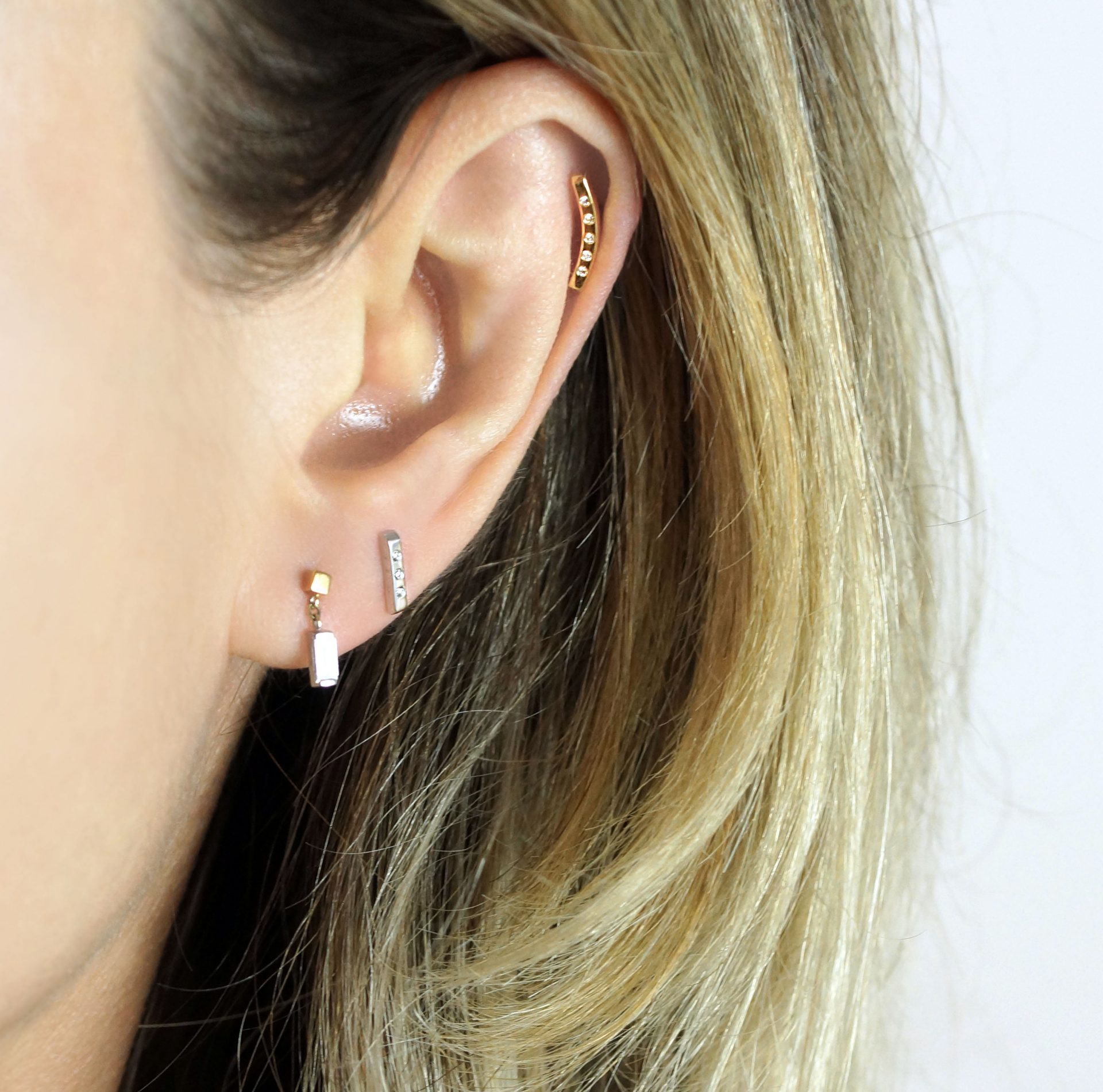 18k-Solid-Gold-Cartilage-Earrings-Luxury-Piercings-Lena-Cohen-London