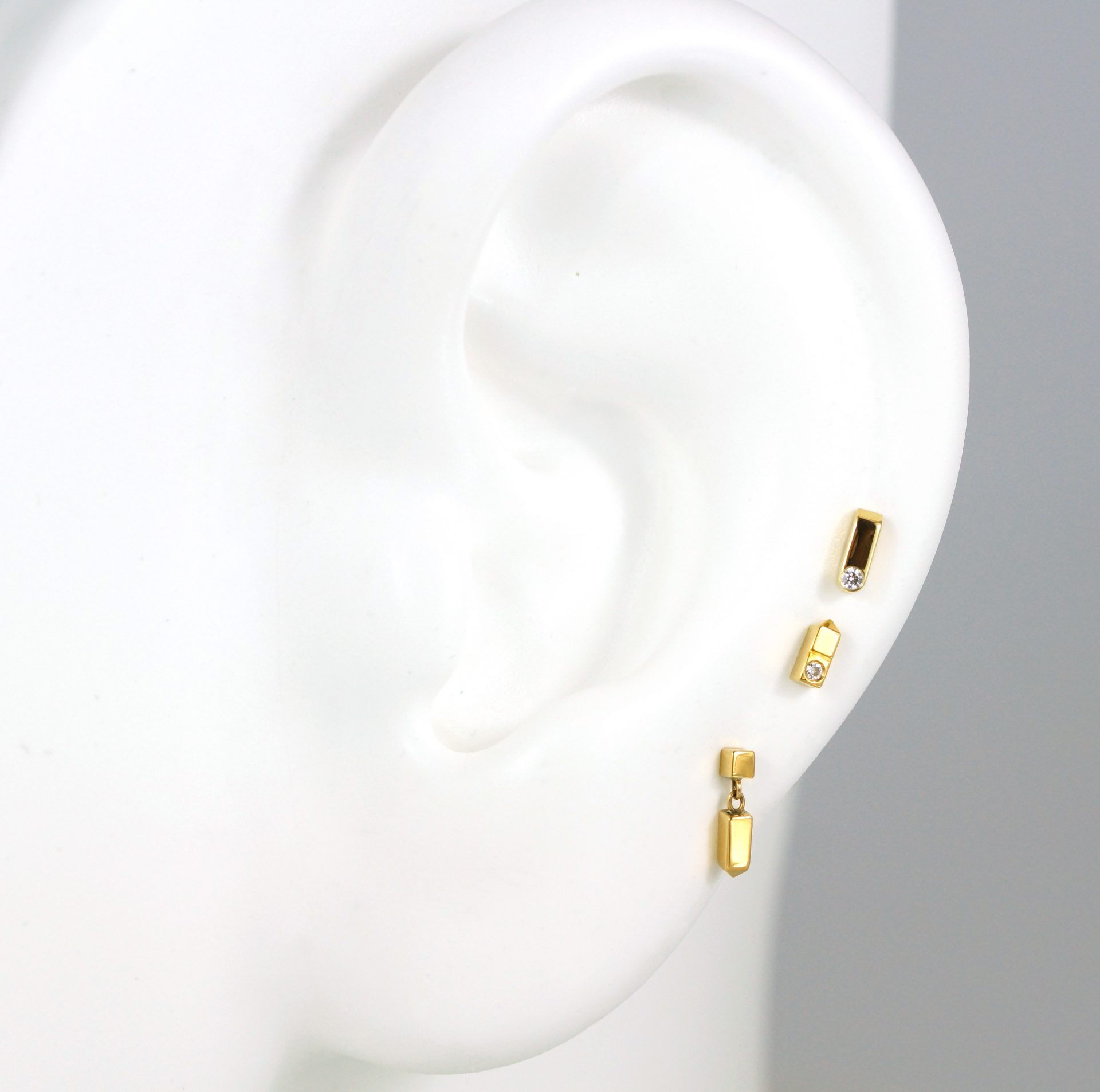 create-curated-ear-with-lena-cohen-ready-to-wear-piercing-errings-set-discount