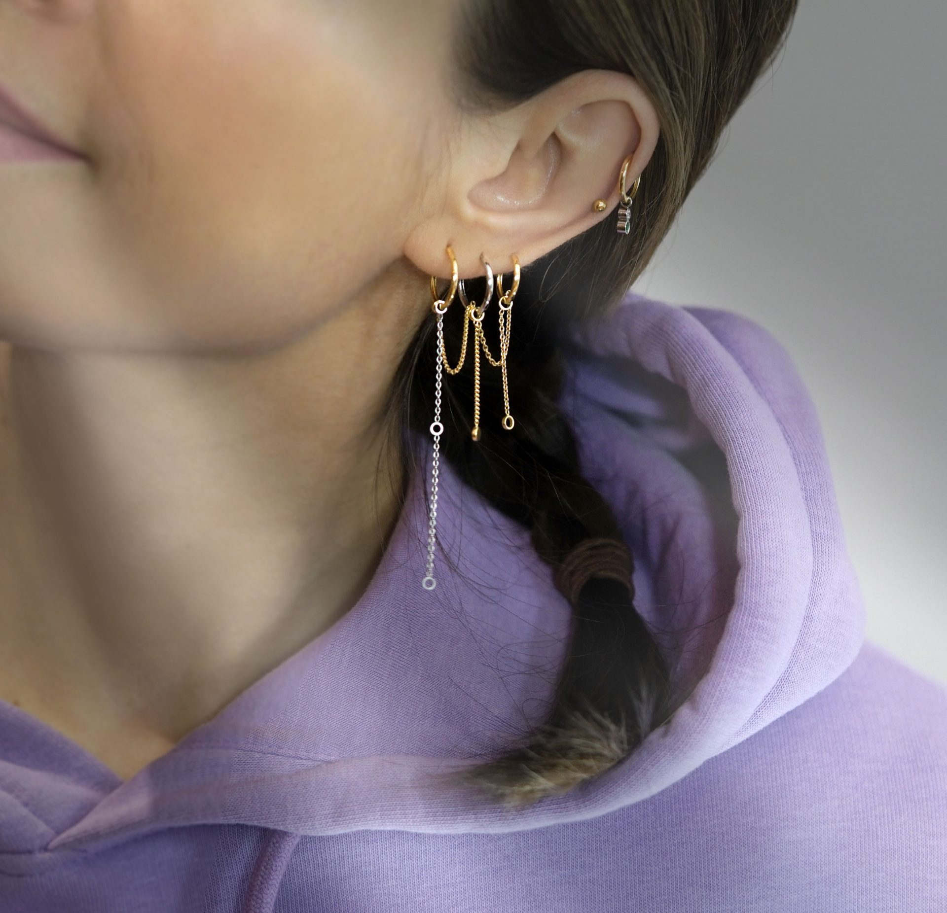 solid-18k-yellow-white-gold-chain-transformers-ear-stacks-piercing-combinations-lena-cohen