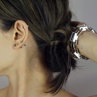 18k-gold-piercing-barbell-ideal-for-everyday-wear-and-for-men-and-women-lena-cohen