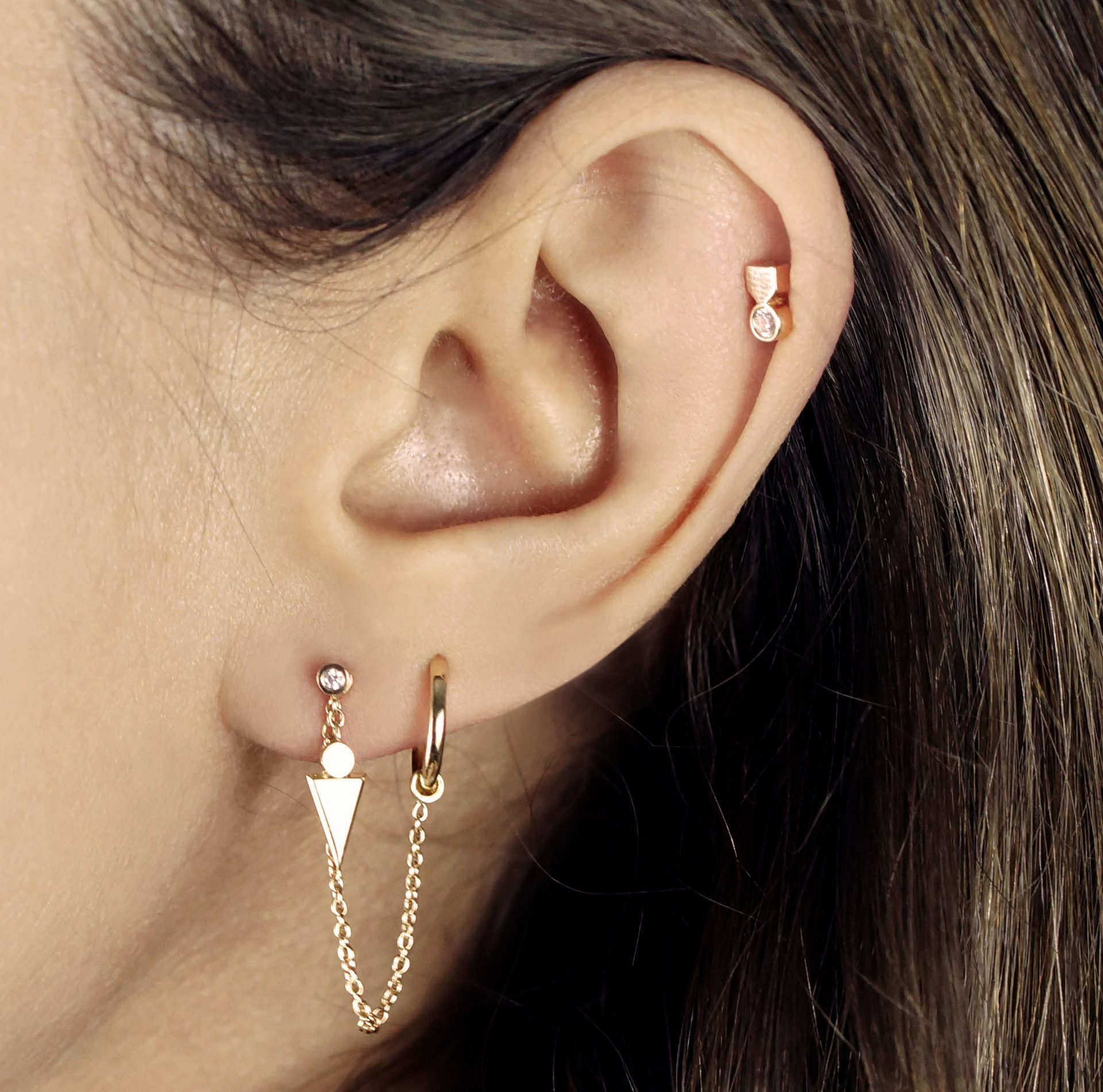 Check out our photo gallery of Cute Ear Piercing Types, Combinations and Jewelry for Tragus Piercings, Cartilage Earrings, Helix Piercings.