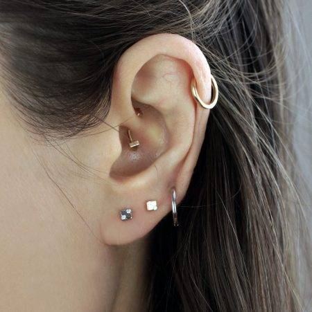 18k Gold Abstract Cube Diamond Cartilage Stud