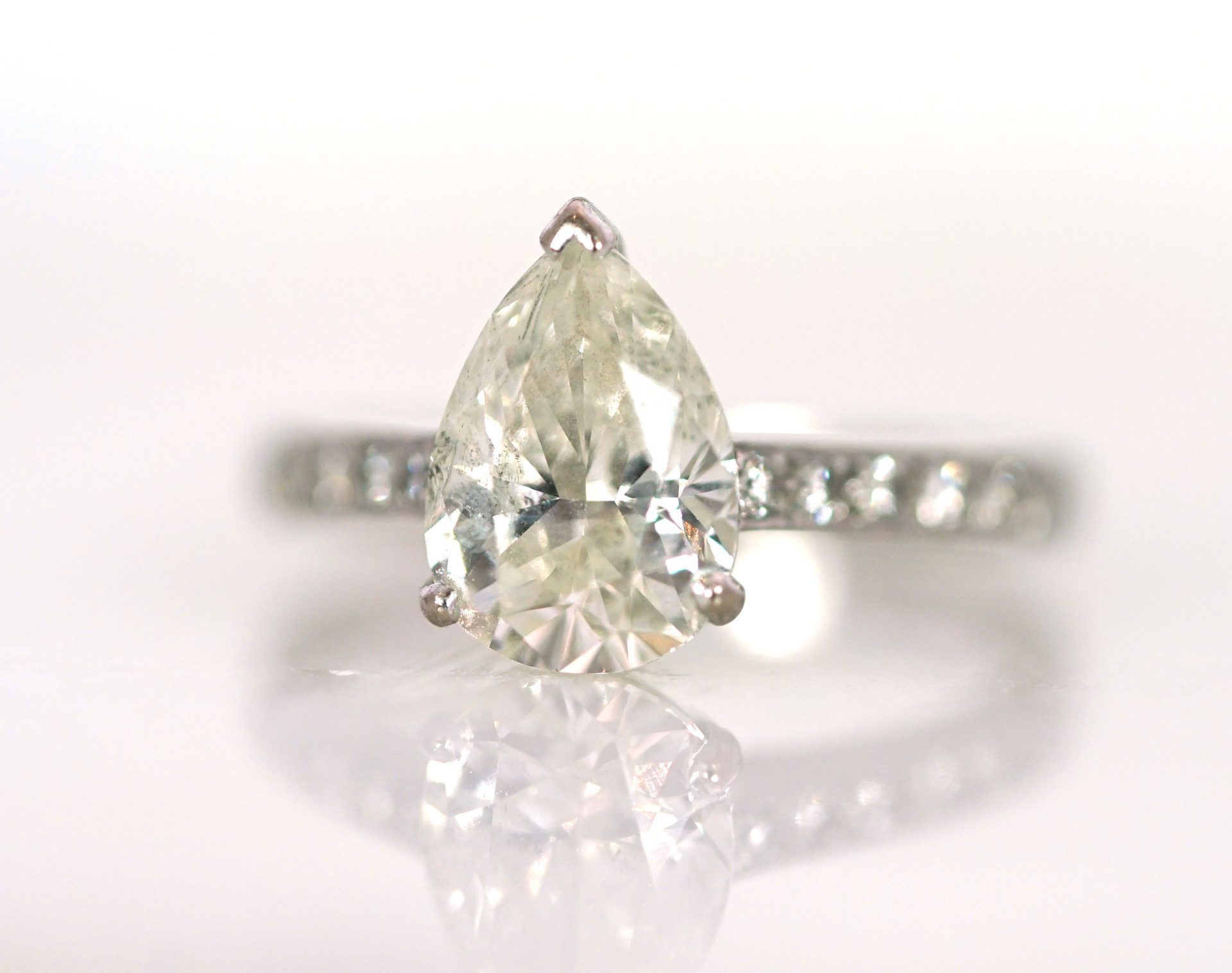 How do you clean jewelry like a professional? Lena Cohen Jewellery Blog